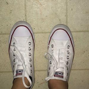 women white low top converse size 8.5